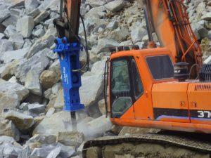 HydroRam HK380S Hydraulic Hammer on Excavator